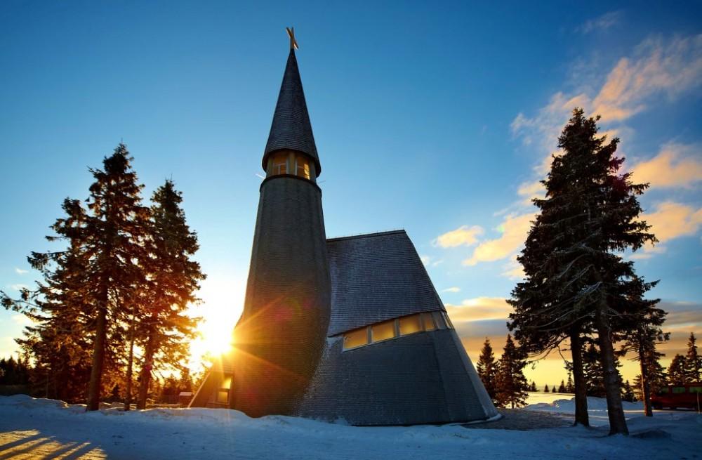 poroka rogla cerkev